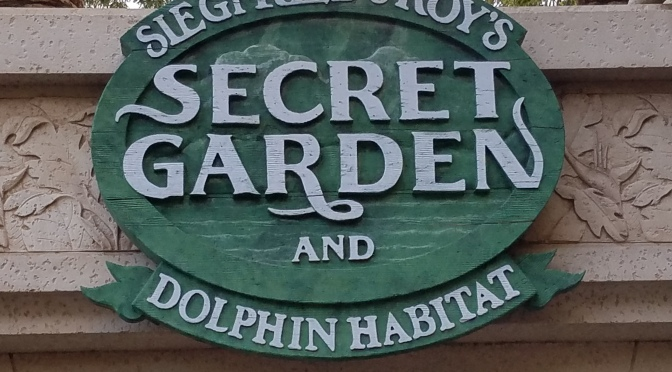 A Stop At Siegfried & Roy's Secret Garden And Dolphin Habitat